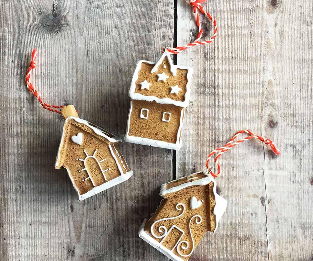 christbaumschmuck_the-contemporary-home-gingerbread-house.jpg