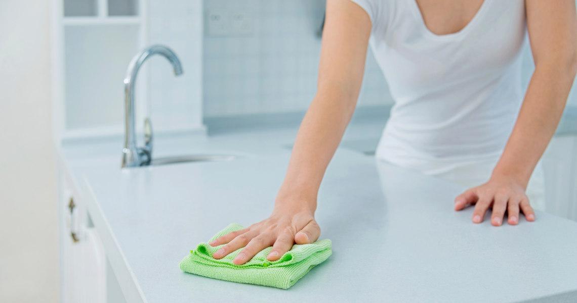 saubere angelegenheit so finden sie die richtige putzfrau. Black Bedroom Furniture Sets. Home Design Ideas