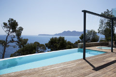 wasser im garten mit brunnen teich und pool. Black Bedroom Furniture Sets. Home Design Ideas